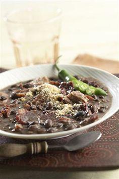 Feijoada a Brasileira, Brazilian Black beans http://www.spiceislands.com/Recipe/Feijoada_a_Brasileira_(Brazilian_Black_Beans)
