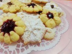 Biscotti con la sparabiscotti http://www.lovecooking.it/dolci/biscotti-con-la-sparabiscotti/