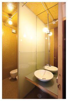 http://architettura-italiana.com/projects/144846-beniamino-servino-vincenzo-caputo-sk3l-accessories-an-apartment-not-far-from-the-royal-palace