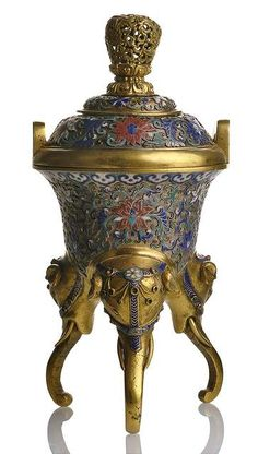 A RARE GILT-BRONZE CENSER AND COVER WITH CHAMPLEVE DECORATION, China, 18th ct.