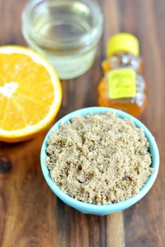 Here's a twist on the most basic brown sugar scrub recipe. This orange brown sugar scrub is refreshing with its citrus scent and helps soften dry hands. Brown Sugar Scrub, Sugar Scrub Recipe, Diy Body Scrub, Healthy Comfort Food, Sugar Scrubs, Natural Women, Dry Hands, Orange Brown, Eat Right