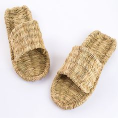 Anesthesia handmade slippers summer straw braid sandals woven retro casual male influx  people at home of natural cover tow men