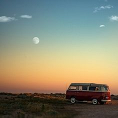 Amazing Photography, Nature Photography, Bleu Pastel, Vw T1, Camping Life, Wallpaper Iphone Cute, Belle Photo, Van Life, Aesthetic Pictures