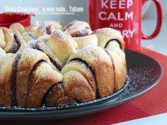 Torta di pan brioche alla Nutella, una deliziosa torta, morbida, fragrante e profumata. Si mangia rompendone un pezzo alla volta con le mani, quindi...