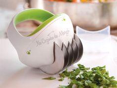 Na Cozinha da Margô: Cortador e Moedor de Ervas Frescas