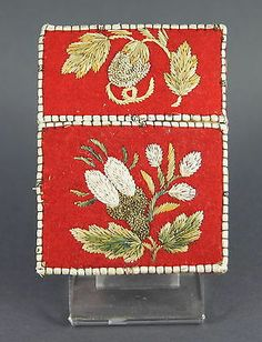 FINE ANTIQUE NATIVE AMERICAN INDIAN HURON MICMAC MOOSEHAIR EMBROIDERED CARD CASE