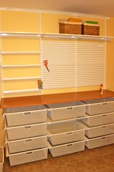 Super sewing room ikea small spaces craft storage ideas - Image 18 of 20 Sewing Room Design, Craft Room Design, Small Room Design, Sewing Spaces, Small Sewing Rooms, Sewing Art, Ikea Sewing Rooms, Craft Room Decor, Craft Art