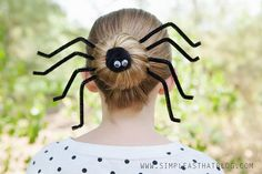 Dress up a simple bun with this silly spider Halloween hairdo! Quick and easy and perfect for Halloween! Coastumes Halloween Effrayants, Easy Halloween Costumes Kids, Homemade Halloween, Women Halloween, Halloween Pictures, Halloween Dress, Crazy Hair Day At School, Crazy Hair Days, Wacky Hair Days