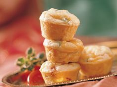 Great parties start with great appetizers. Smoked salmon and cheese baked into tiny tarts will pave a flavorful way to a grand evening. Recipes Appetizers And Snacks, Great Appetizers, Snack Recipes, Seafood Recipes, Appetizer Ideas, Dip Recipes, Party Snacks, Yummy Recipes, Muffin Tin Recipes