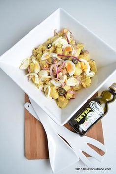 Castron cu salata orientala (2) Romanian Food, What To Cook, Potato Recipes, Pasta Salad, Cooking Recipes, Potatoes, Lunch, Ethnic Recipes, Cookies