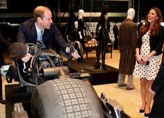 Prince William and Kate Middleton Pictures   POPSUGAR Celebrity