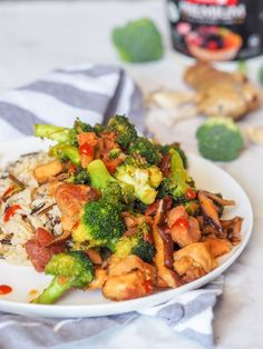 30 minute chicken broccoli stir fry with shiitake mushrooms makes for the perfect low fuss Asian themed weeknight dinner Walnut Chicken Recipe, Asian Chicken Recipes, Chicken Pasta Recipes, Seafood Recipes, Asian Recipes, Fish Recipes, Vegetarian Recipes, Healthy Stir Fry, Veggie Stir Fry