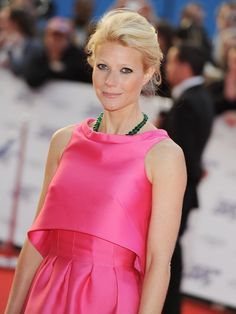 Gwyneth Paltrow. Actress. Paltrow gained notice for her work in Seven and Emma. Sliding Doors and A Perfect Murder brought worldwide recognition and her performance in Shakespeare in Love won her an Academy Award, a Golden Globe, and two Screen Actors Guild Awards for Outstanding Lead Actress.