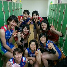 ✩ Check out this list of creative present ideas for people who are into photograhpy Japan Volleyball Team, Women Volleyball, Volleyball Players, Man Japan, Beautiful Asian Women, Athletic Women, Female Athletes, Sport Girl, Sport Outfits