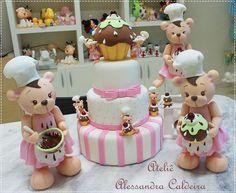 Bear Cake | Alessandra Caldeira