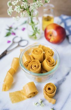 Healthy Thai Recipes, Healthy Snacks, Nectarine Fruit, Veggie Chips, Mini Cheesecakes, Confectionery, Foodies, Peanut Butter, Sweet Treats