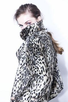 TA353 TAPADO ANIMAL RIEARRIBA animal print coat