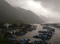 This photo shows the coast of Taiwan as Typhoon Matmo approaches.