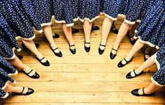 magyar néptáncosok - hungarian folk dancers Folk Dance, Beautiful Costumes, World Music, People Around The World, Hungary, Dancing, Kultura, Womens Fashion, 1