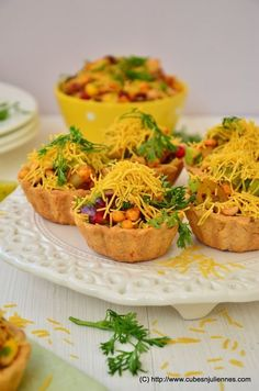 FRUITY TART CHAAT Here I go with my fusion experiment of Indian Chaat with Fruits and Tart. Once you put this in your mouth, you will be experiencing and getting lost in the gamut of flavors. Veg Appetizers, Indian Appetizers, Indian Snacks, Appetisers, Indian Food Recipes, Appetizer Recipes, Indian Vegetarian Appetizers For Party, Jain Recipes, Wedding Appetizers