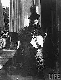 Alexandra Feodorovna, Familia Romanov, Goth, Style, Empire, Princesses, Gothic, Swag, Goth Subculture