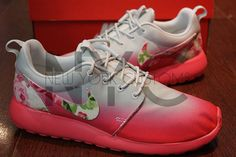Shoes:    The base shoe used is the Nike Rosherun Geranium / Grey    We can customize on any base of Nike Rosherun base youd like. You are not limited