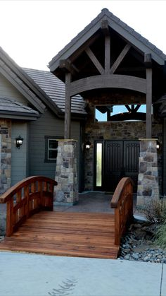 House Outside Design, Cabin, House Styles, Home Decor, Decoration Home, Room Decor, Cabins, Cottage, Home Interior Design