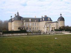 Château de la Ferté ►► http://www.frenchchateau.net/chateaux-of-centre/chateau-de-la-ferte.html?i=p