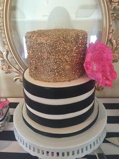 New birthday cake black and white kate spade ideas Birthday Wishes For Aunt, New Birthday Cake, Gold Birthday, Birthday Celebration, Birthday Parties, 13th Birthday, Kate Spade Cake, Kate Spade Party, Fondant Cakes