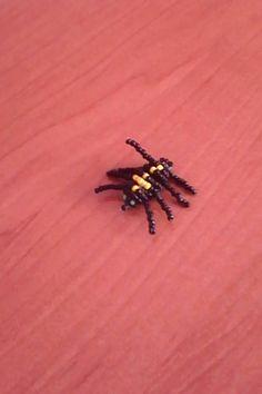 pavouček z korálků spider of beads