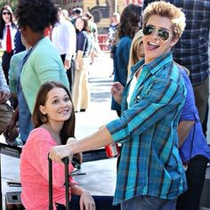 Billy Unger and Kelli Berglund Dylan O'brien, Lab Rats Disney, Billy Unger, Mighty Med, Spencer Boldman, Kelli Berglund, Disney Channel Stars, British Royal Families, Movie Memes