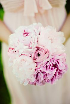 Mix peonies with ranunculus for a classic bouquet look