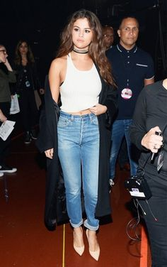 8-celebrity-ways-to-pull-off-the-90s-trend-1793239-1464988885.600x0c