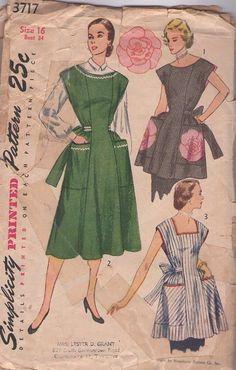 Apron/apron dress.