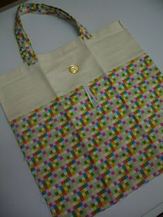Best 12 ~ jamala ~: Eco bag with instructions – Clutch Bag Pattern, Crochet Shoulder Bags, Diy Bags Purses, Diy Tote Bag, Reusable Shopping Bags, Fabric Bags, Bag Making, Blog, Quilt Bag