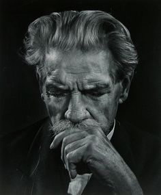 Albert Schweitzer - The Greatest Portraits Ever Taken By Yousuf Karsh - 121Clicks.com