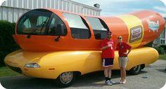 Hot dog car - wienermobile