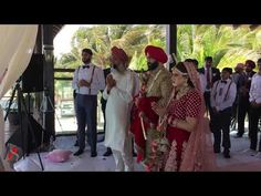 Amazing Sikh Wedding Mexico message from Keep it Light! Wedding Mexico, Sikh Wedding, Priest, Other People, Caribbean, Messages, Weddings, Amazing, Bodas