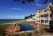 Cottage Home, lakefront and poolside