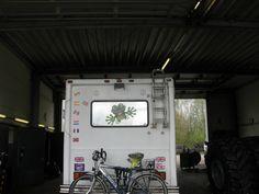 Super, Flat Tire, Bows, Rv, Vehicles, Ears, Viajes, Workshop