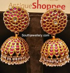 How Sell Gold Jewelry Indian Jewellery Design, Latest Jewellery, Jewelry Design, India Jewelry, Temple Jewellery, Jewellery Shops, Handmade Jewellery, Diamond Jhumkas, Gold Jewelry For Sale