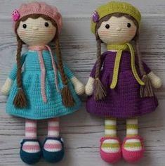 80 Patrones para hacer zapatitos, botines y zapatillas de bebés en crochet (free patterns crochet sandals babies) Crochet Patterns Amigurumi, Amigurumi Doll, Plush Dolls, Crochet Dolls, Easy Crochet Patterns, Cute Crochet, Crochet For Kids, Crochet Doll Tutorial, Crochet Baby Sandals