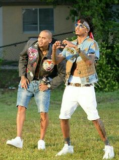 husby,main,baby daddy,and bae-august alsina side dude-chris brown Chris Brown And Royalty, Chris Brown Style, Breezy Chris Brown, Fine Black Men, Fine Men, Trey Songz, Cute Black Boys, Pretty Boys, Black Guys