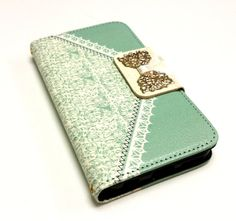 iPhone 6 wallet case, Lace Pattern Gold Hollow Bowknot Card Slot Leather Case for iPhone 6