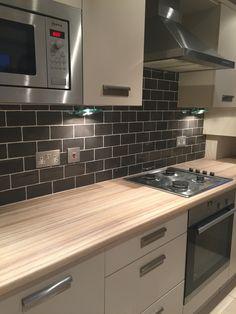 Cream kitchen with black tiles best kitchen cream kitchen tiles impressive on for 4 cream with Cream Kitchen Units, Cream Kitchen Tiles, Updated Kitchen, New Kitchen, Kitchen Decor, Kitchen Grey, Cream And Grey Kitchen, Grey Kitchens, Cool Kitchens