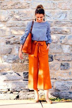 39 Ideas moda casual chic dresses heels for 2019 Fashion Pants, Look Fashion, Fashion Outfits, Womens Fashion, Fashion Trends, Sneakers Fashion, Swag Fashion, Funky Fashion, Bohemian Fashion