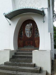 Darmstadt - Entry to Haus Deiters    1900 by Joseph Maria Olbrich