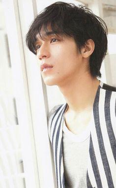 Nhật nhiu boy đẹp phết đấy Japanese Men, Famous People, Idol, Singer, Actors, Boys, Baby Boys, Singers, Senior Boys
