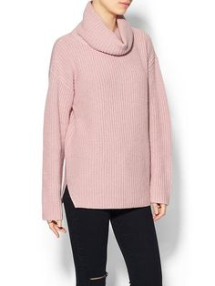 Theory Womens Naven Turtleneck Sweater Size M - Dusty pink Fashion Essentials, Style Essentials, What Should I Wear, Pink Outfits, Pink Sweater, Turtle Neck, Weather Wear, Cold Weather, Clothes For Women