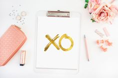 XO says it all... this print is done in a shiny gold finish. Give it to that special someone in your life even for yourself. If you would like